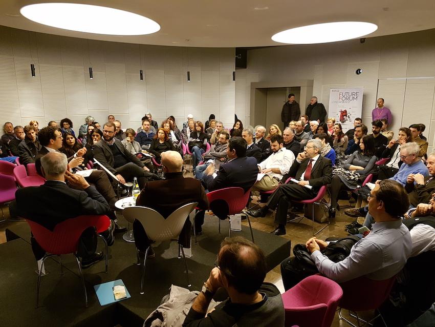 Future Forum /15 - Futuro del lavoro, tra sharing economy, robot, sostegno al reddito e nuove professioni