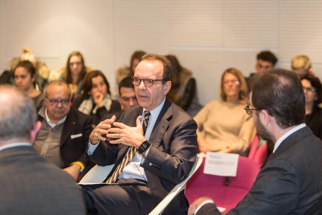 """Future Forum /8 - Parisi al Future Forum: """"La politica incapace di governare l'innovazione"""""""
